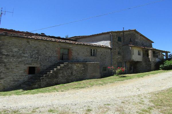 Stone Farmhouse in Casentino Valley, 4 km from Poppi – Arezzo