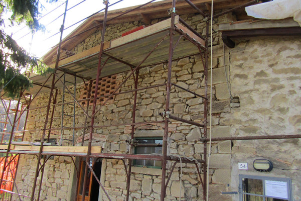renoval-of-stone-house-in-casentino-tuscany