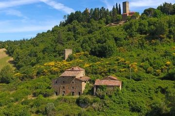 Historic property close to Romena Castle – Arezzo