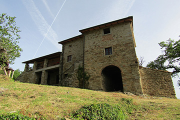 6 bedrooms Villa with pool close to Poppi – Arezzo